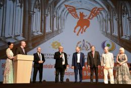 Gold Award To Tuğrul Tanyol